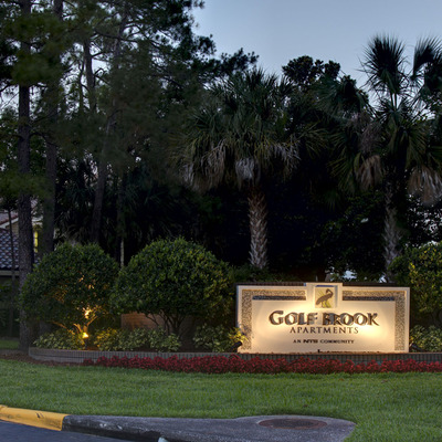 Welcome Home to Golf Brook Apartments!